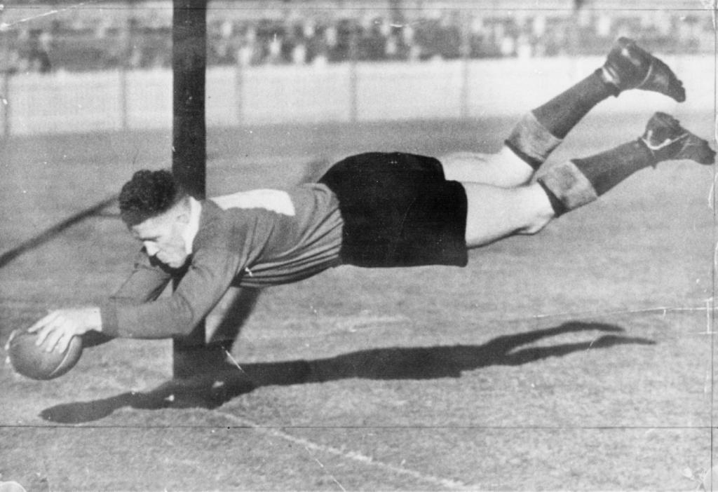 Best pre-war rugby league players herb narvo